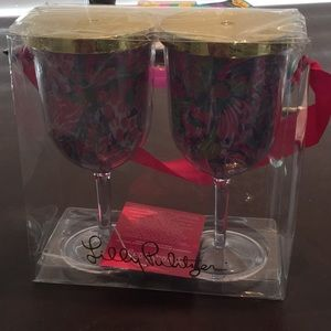 Lilly Pulitzer Other - Lilly Pulitzer stemmed cups